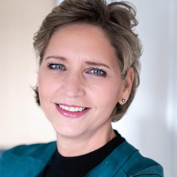 Linda van Nierop portret